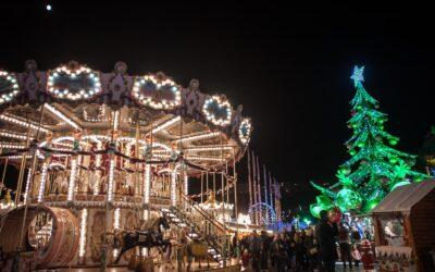 Villaggio di Natale a Monaco in forma ridotta